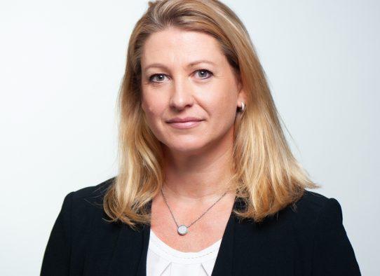 Cornelia Desens bei PMG Presse-Monitor
