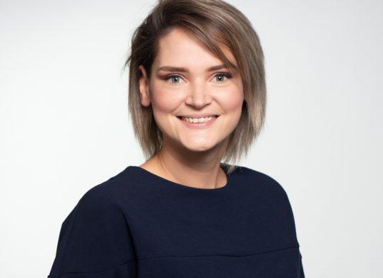 Dominique Lüß bei PMG Presse-Monitor