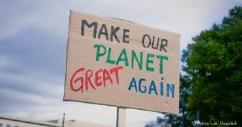 Fridays for Future - Schild: Make or Planet Great again